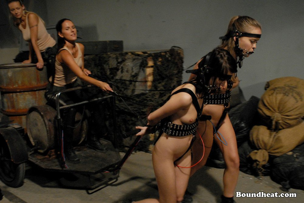 Slave tears of rome ii sexual favours for mistress 7
