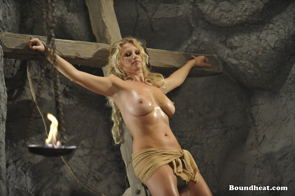 image Slave tears of rome ii sexual favours for mistress